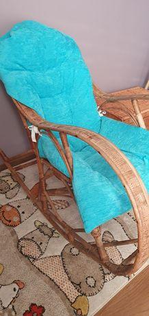 Fotel wiklinowy z poduszką