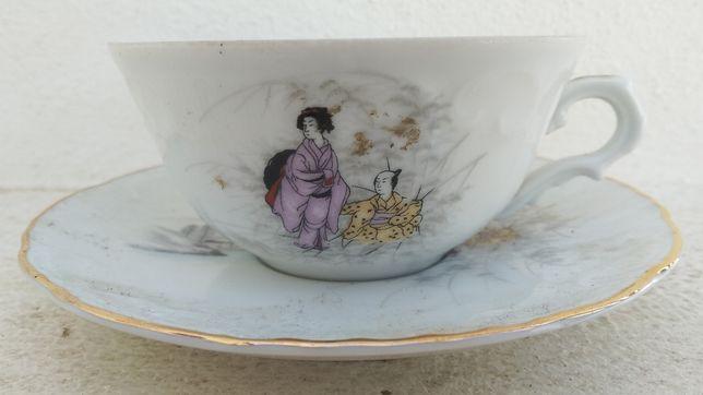 2 Chávenas com prato em loiça da Vista Alegre e Sacavém Vintage