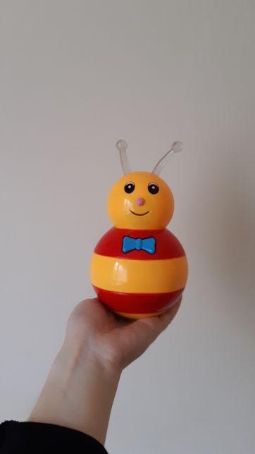 Игрушка пчела-неваляшка для малышей