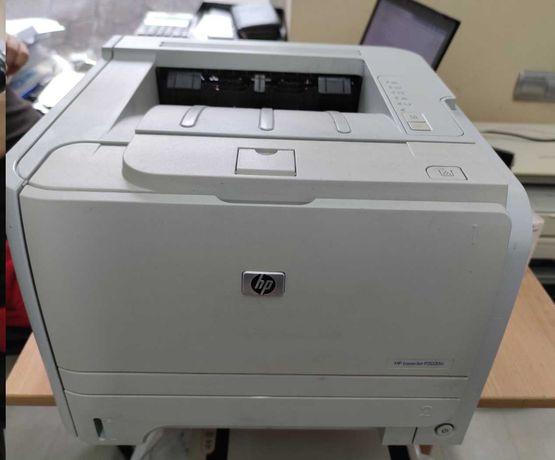 Принтер HP LaserJet P2035n картридж заправлен принтер обслужен