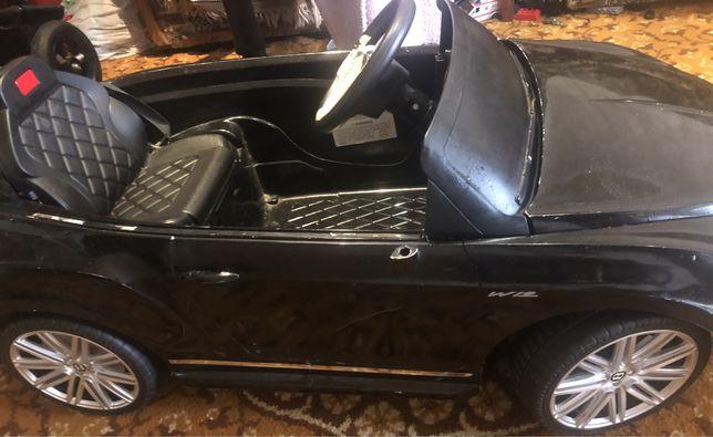 Продам детскую машину Бентли