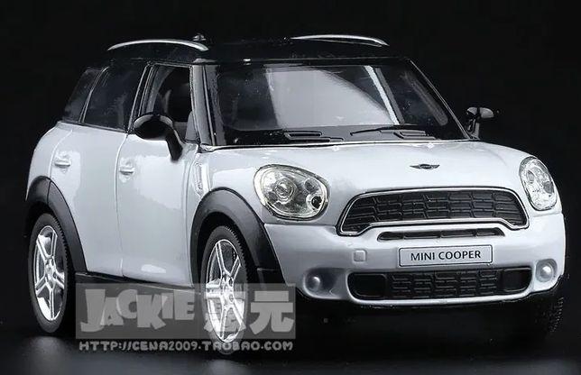 Mini Cooper Countryman Модель Авто 1:36 (Мини Купер). Белого Цвета