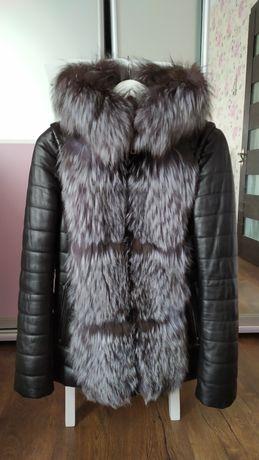 Зимняя кожаная куртка с чернобурки