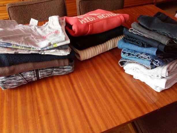 paczka ubrań dla chłopca, 128 +, spodnie, bluzy, bluzki, 18 sz