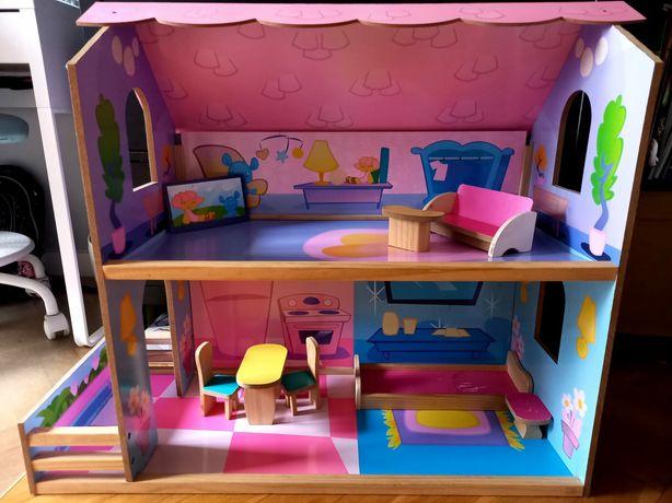 Drewniany domek dla lalek+ mebelki.