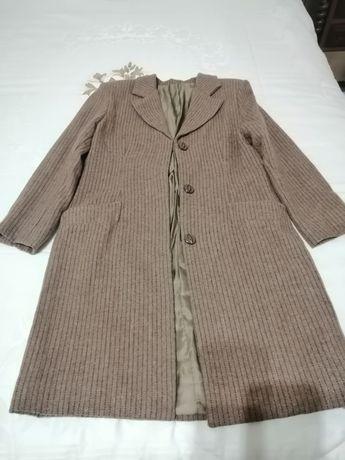 Vendo casaco de fazenda castanho de senhora