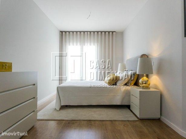 Apartamento de tipologia T2, novo com 156m2, inserido num...