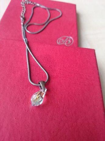 Naszyjnik posrebrzany z Kryształem Svarosky +pudełko Gratis