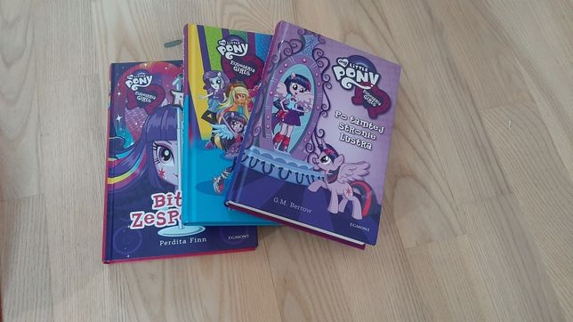 Tom książek My Little Pony Equestria Girls