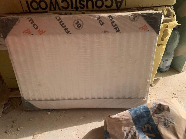Продам радиатор Purmo Ventil Compact нижние подключение 700х500
