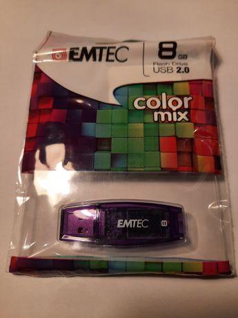 Pendrive EMTEC 8 gb