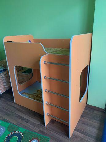 двухъярусная (двухэтажная) кроватка + 2 ортопед.матраса (80х140 см)