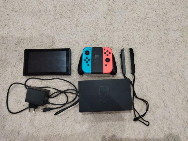 Nintendo switch versão 2 em ótimo estado
