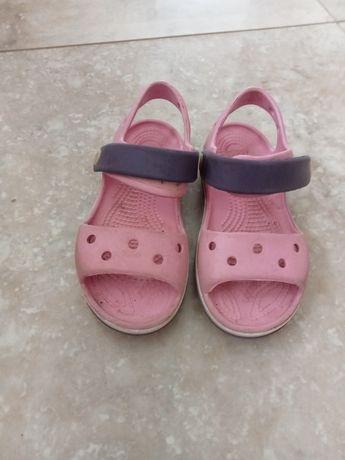 Sandałki crocs c10