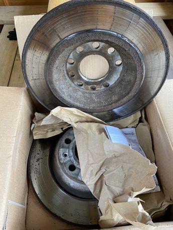Продам тормозные диски и колодки на Ауди А6 С6