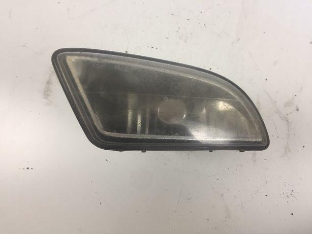Hyundai Coupe Reflektor Lampa Halogen Przeciwmgielny Prawy Prawa Przód