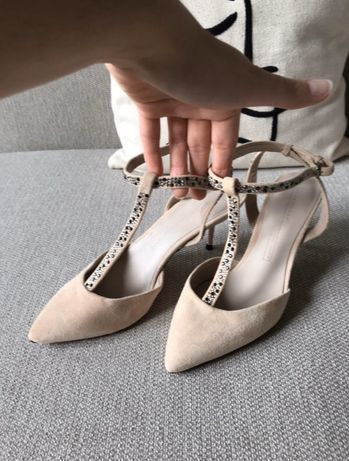 Buty szpilki na wysokim obcasie beżowe Zara 38 nowe z metka