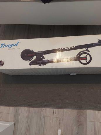 Hulajnoga elektryczna Frugal Dynamic Light GXL/TT-EL-851