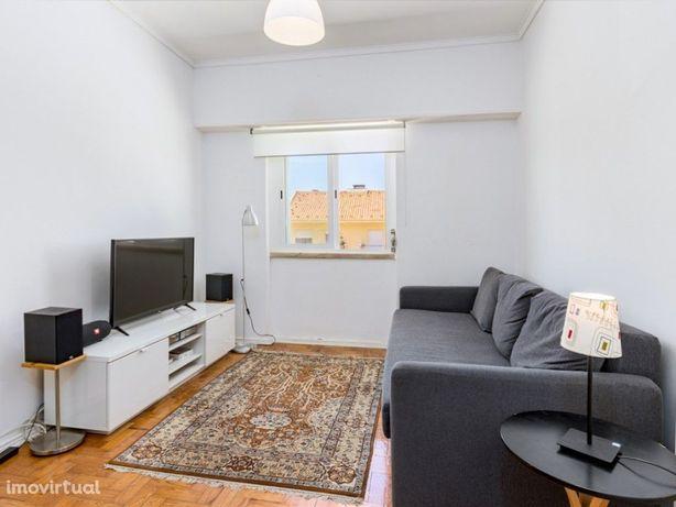 Casas Apartamento T1 para Venda em Linda-a-Velha
