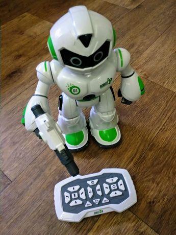 Танцующий робот!    С пультом управления.  Отличная игрушка для детей!