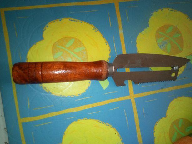 90. Nóż do szatkowania kapusty