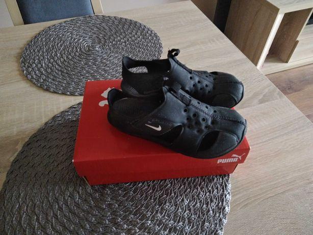 Sandałki Nike rozm.30