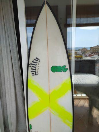 Prancha Surf 5'11  25,5 litros