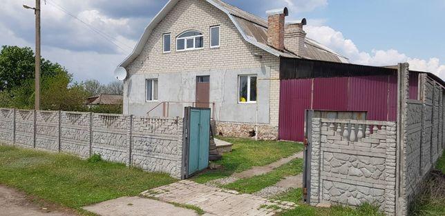 Продам или обменяю на квартиру большой Дом в Александрийском р-не
