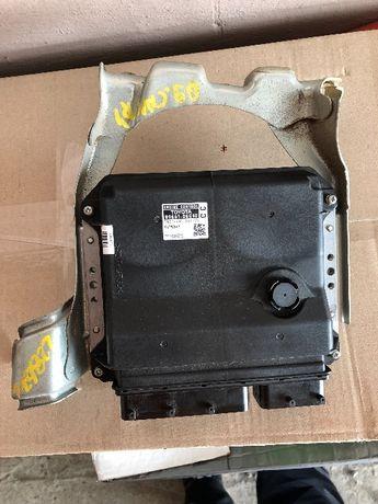 Блок управления Toyota Camry 40