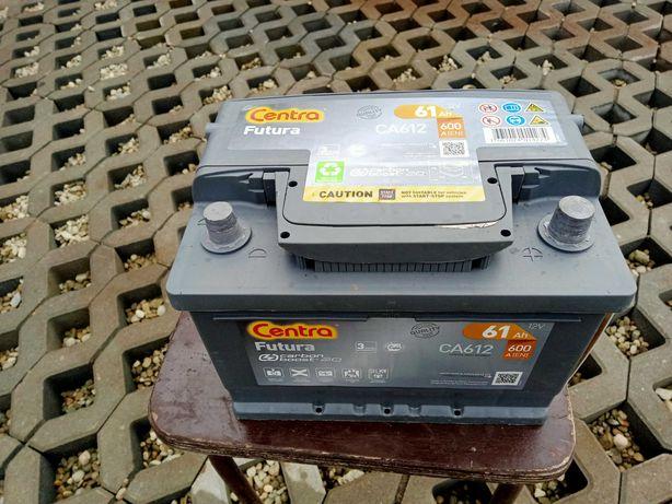 Akumulator Centra Futura 61Ah 600A