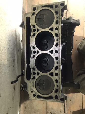 Двигун Renault kangoo 1.9 F8Q