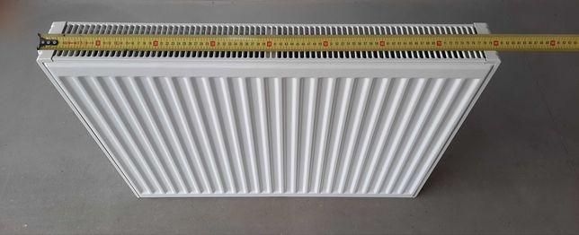Grzejnik panelowy 80 cm