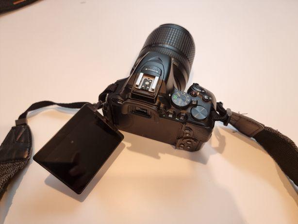 Nikon D5500 Lente 18-140 OFERTA BOLSA