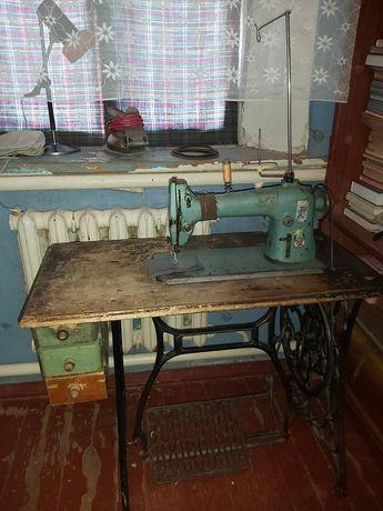 Промышленности швейная машина