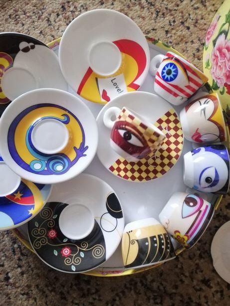 Набор посуды для кофе