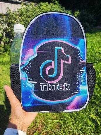 Дитячий похідний рюкзак для дівчат та хлопців