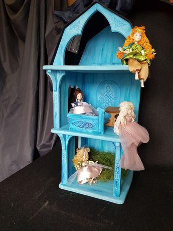 Деревянный кукольный домик ручной работы