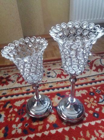 Eleganckie świeczniki na stół