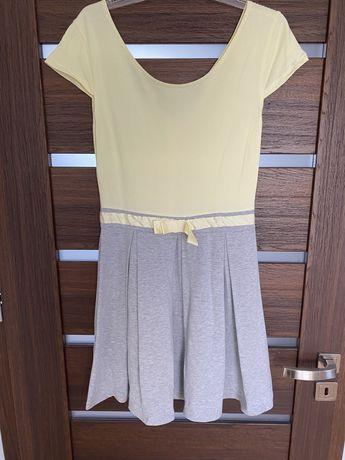 Sukienka w rozmiarze S/M