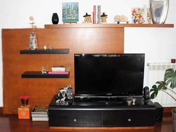 Móvel TV como novo