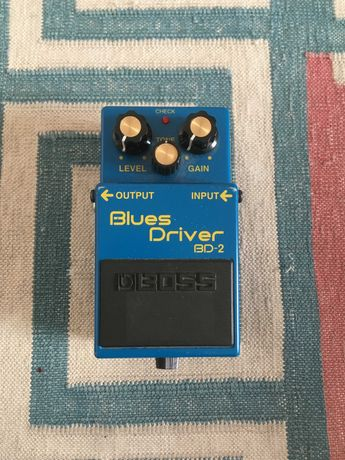 "Pedal BOSS ""BLUES DRIVER"" para guitarra/baixo"