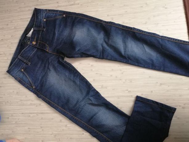 Шикарные джинсы р. 44-46 Отличное состояние