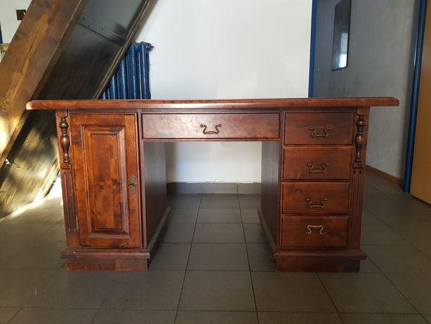 Drewniane stare solidne biurko