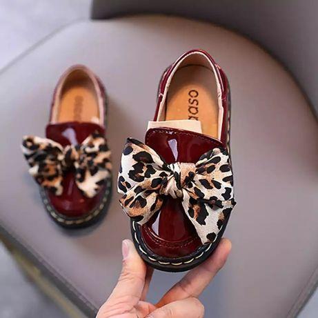 Туфли для девочки, лоферы для девочки