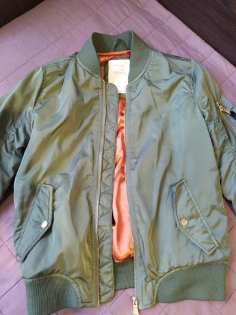 Куртка ветровка bershka