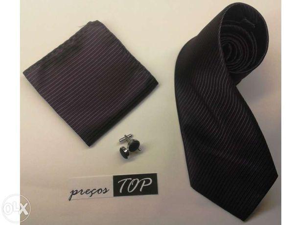 Conjunto Roxo escuro: Gravata + Lenço + Botões de punho