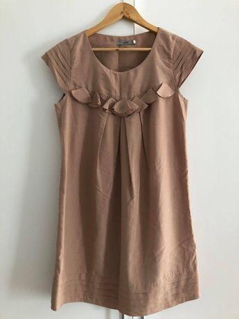 Beżowa sukienka (Yoshe)