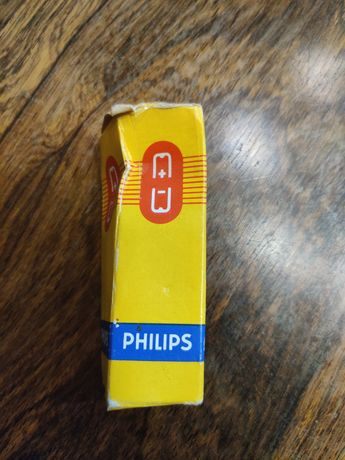 Válvula Philips EF86