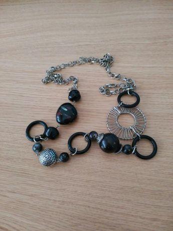 Colares e pulseira