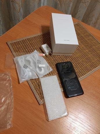 Мобильный телефон - смартфон
